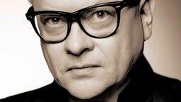 Heinz Rudolf Kunze schafft die Kombination aus kritischen Texten und eingängigen Songs.