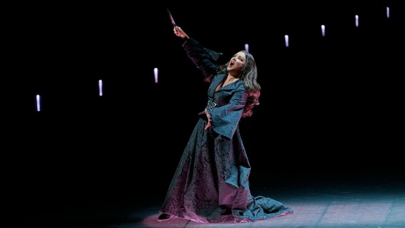 Anna Netrebko sebagai Lady Macbeth © Wiener Staatsoper / Michael Pöhn Foto: Michael Pöhn