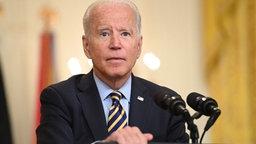 US Präsident Joe Biden am Pult © AFP Foto: SAUL LOEB