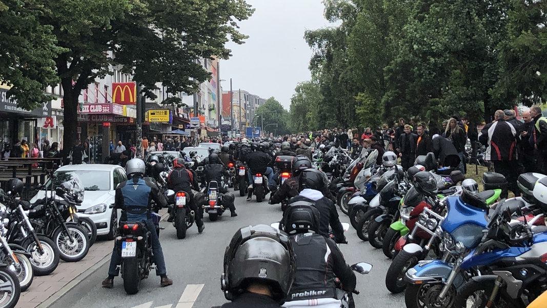 Hamburg: Protest gegen Motorrad-Fahrverbote - NDR.de