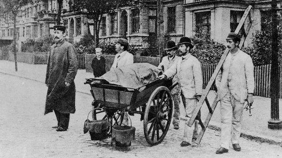 Een foto uit 1892 toont een kolom met toestemming.  © picture-alliance Afbeelding: akg-images