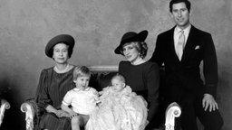 Familienfoto der Taufe von Prinz Harry von Großbritannien © doa