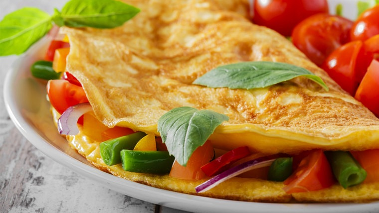 Rezept Für Omelett rezept omelett mit tomaten ndr de ratgeber kochen
