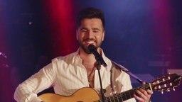 Der Sänger Chingiz aus Aserbaidschan