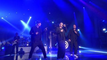 """Die Fantastischen Vier singen ihren Song """"Und los"""""""