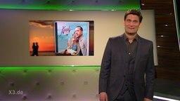 Christian Ehring im Studio mit der neuen KuschRock.