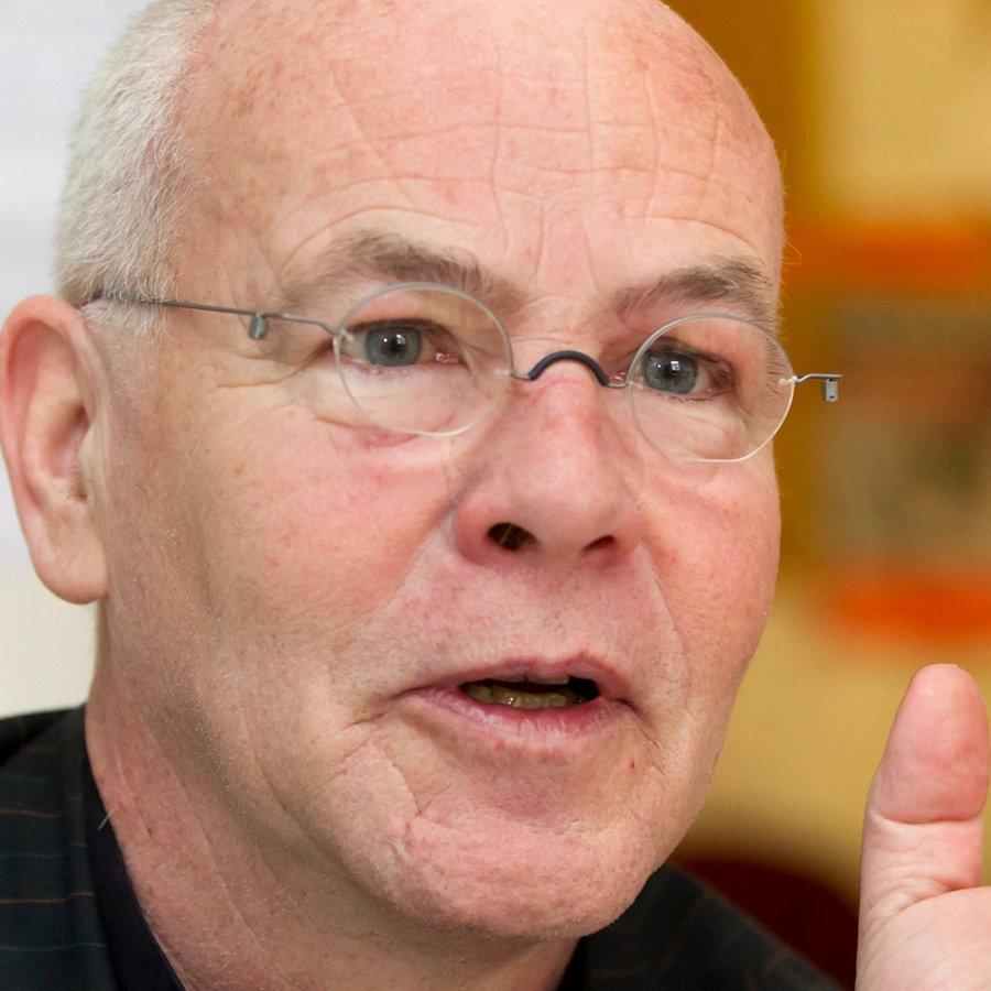 Wolfgang Frindte: Erleben Ost und West die Krise unterschiedlich?