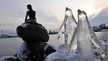 Kopenhagen: Eisskulpturen von Umweltschützern zur UN-Klimakonferenz © picture alliance / landov Foto: WU WEI