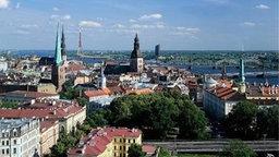 Blick auf die Altstadt am Fluß Daugava, Riga, Lettland © picture-alliance / Bildagentur H Foto: Bildagentur Huber/Giovanni