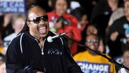 Barack Obama macht Wahlkampf in Indiana - Stevie Wonder © picture-alliance/ dpa Foto: epa Mitchell