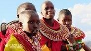 Perlenmädchen in Kenia.