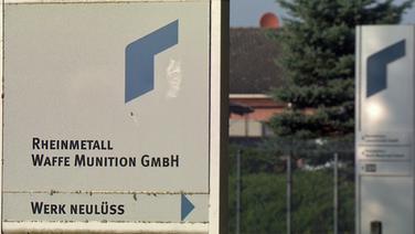 Firmenschild des Rüstungskonzerns Rheinmetall in Neulüß © NDR