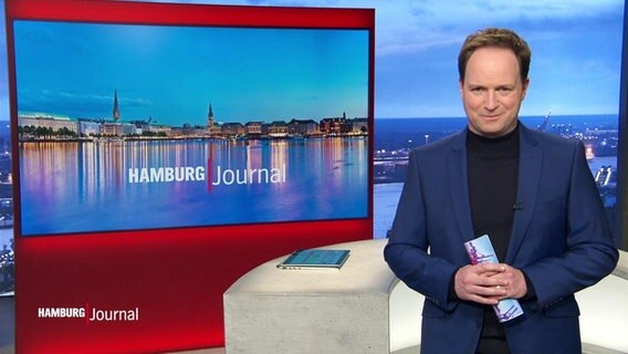 Christian Buhk moderiert das Hamburg Journal 18.00.