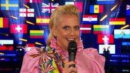 Barbara Schöneberger moderiert den ESC Countdown aus Hamburg.