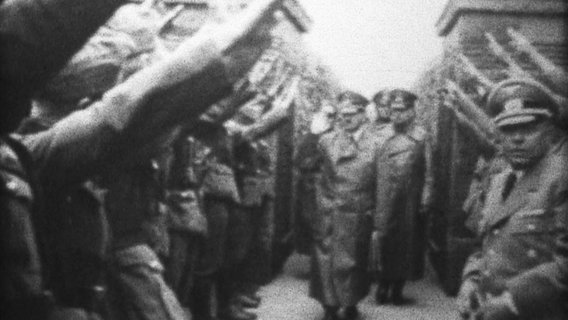 Wilhelm Venherm filmed Adolf Hitler while visiting the troops in Paris.  © private