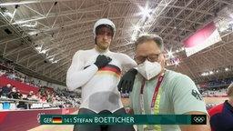 Stefan Bötticher und Trainer.