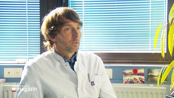 Prof. Jan Rupp vom UKSH Klinik für Infektiologie .