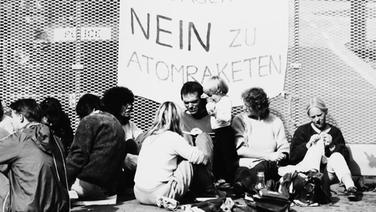 Bildergebnis für fotos von als die atombomben deutschland veränderten