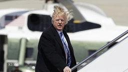 Trump auf dem Flughafen.