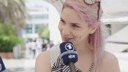 Die slowenische ESC-Kandidatin Lea Sirk im Interview.