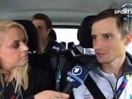 Interview mit Ruderern des deutschen Achters in einem Auto