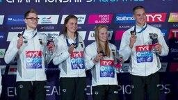 Henning Mühlleitner, Annika Bruhn, Reva Foos und Jacob Heidtmann bei der Siegerehrung.