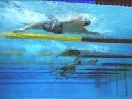 Unterwasseraufnahme vom 100m Rücken-Vorlauf der Männer