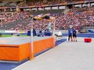 Kaul springt auf 2,11 Meter.
