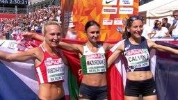 Marathongewinnerinnen, Wolha Masuronak, Clemence Calvin und Eva Vrabcová Nývltová.