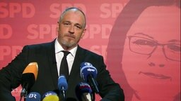 Torsten Sträter als Pressesprecher von Andrea Nahles.