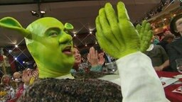 Franz-Josef Söder verkleidet als Shrek.