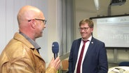 Interview mit Professer Falk Radisch.