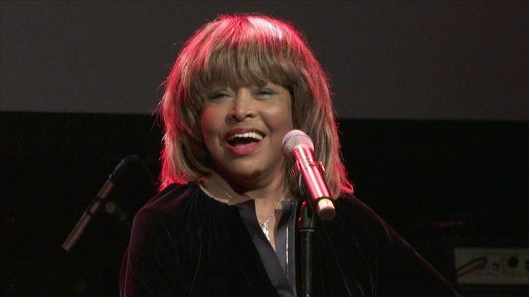 Tina Turner Stellt Musical Darstellerin Vor Ndrde Nachrichten