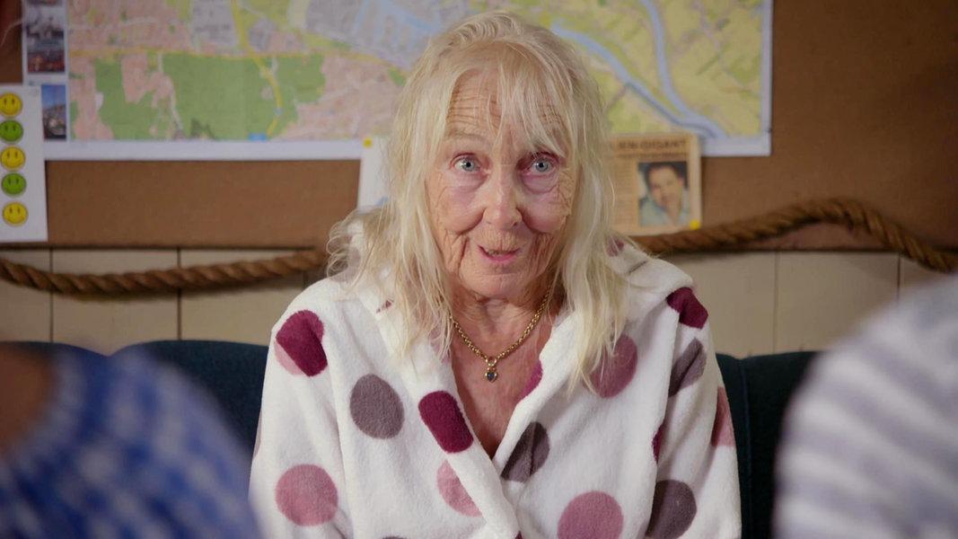 Die Unartige Alte Frau