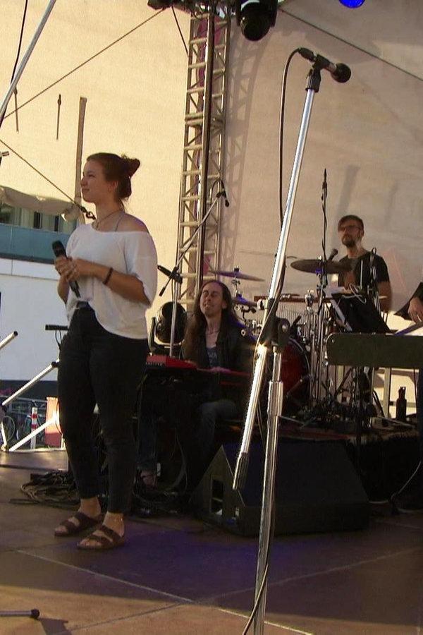 Sängertreffen: Musical im Rostocker Stadthafen
