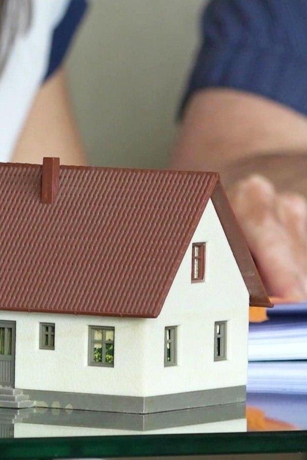 Postbank: Miese Methoden beim Hauskauf