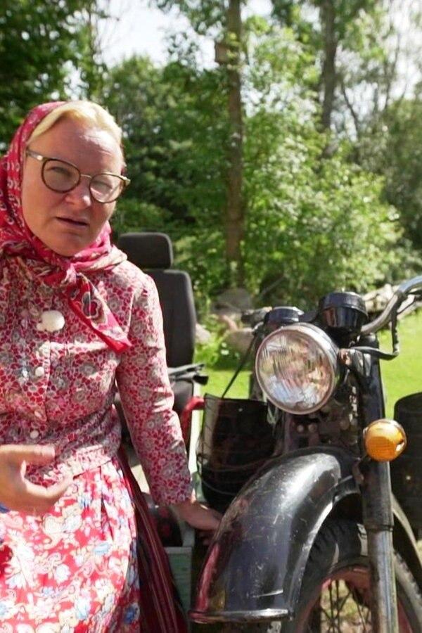 Estnische Tradition auf alten Motorrädern