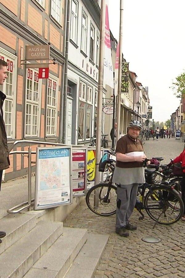 Zwanzigjähriger zeigt Stadtgeschichte von Waren