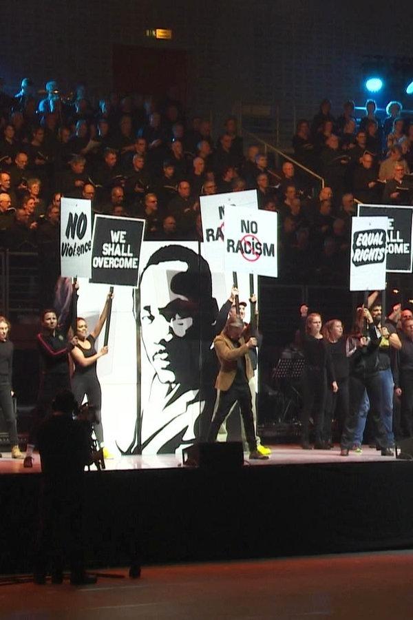 """Martin Luther King"": Musical mit Riesen-Chor"
