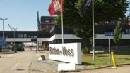 Der Haupteingang von Blohm + Voss.