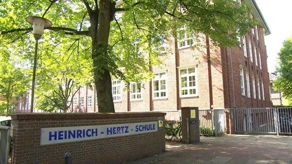 Die Heinrich-Hertz-Schule in Hamburg-Winterhude.