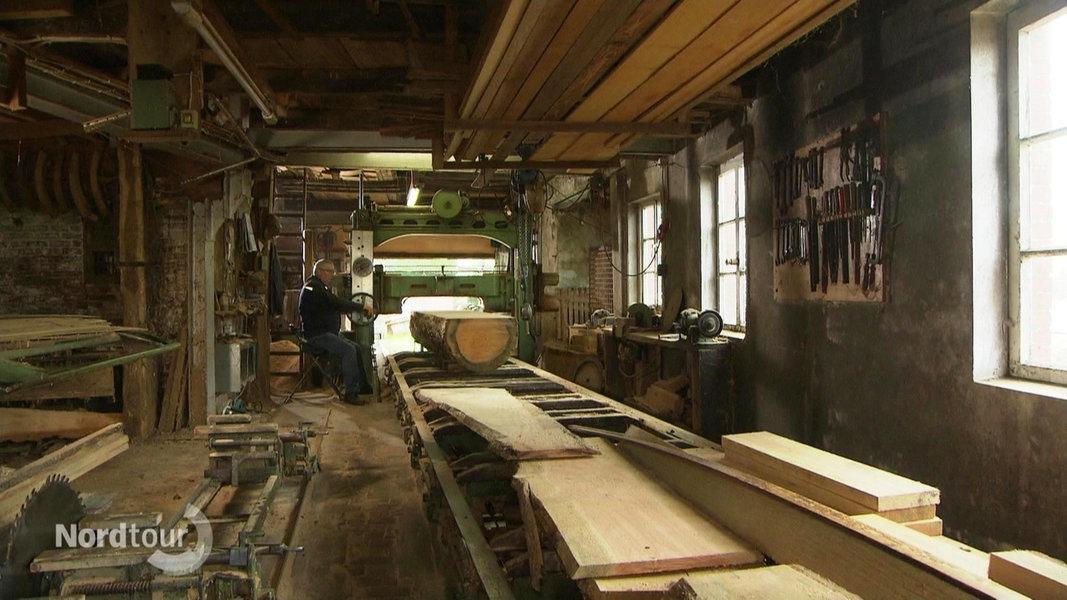 Rustikale Möbel aus dem Wald: Die alte Sägerei in Berne