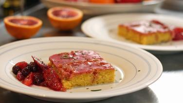 Rezept Blutorangen Kuchen Mit Salat Ndr De Ratgeber Kochen