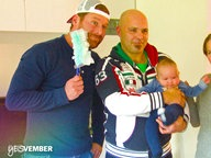 Andreas Kuhlage bei Familie Johannsen. © NDR