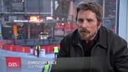 Christian Bale im Interview © NDR