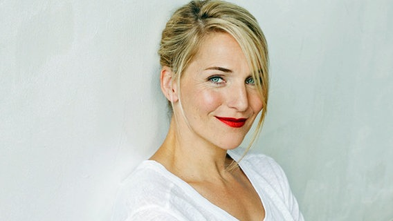 Schauspielerin Tanja Wedhorn zu Gast | NDR.de - Fernsehen