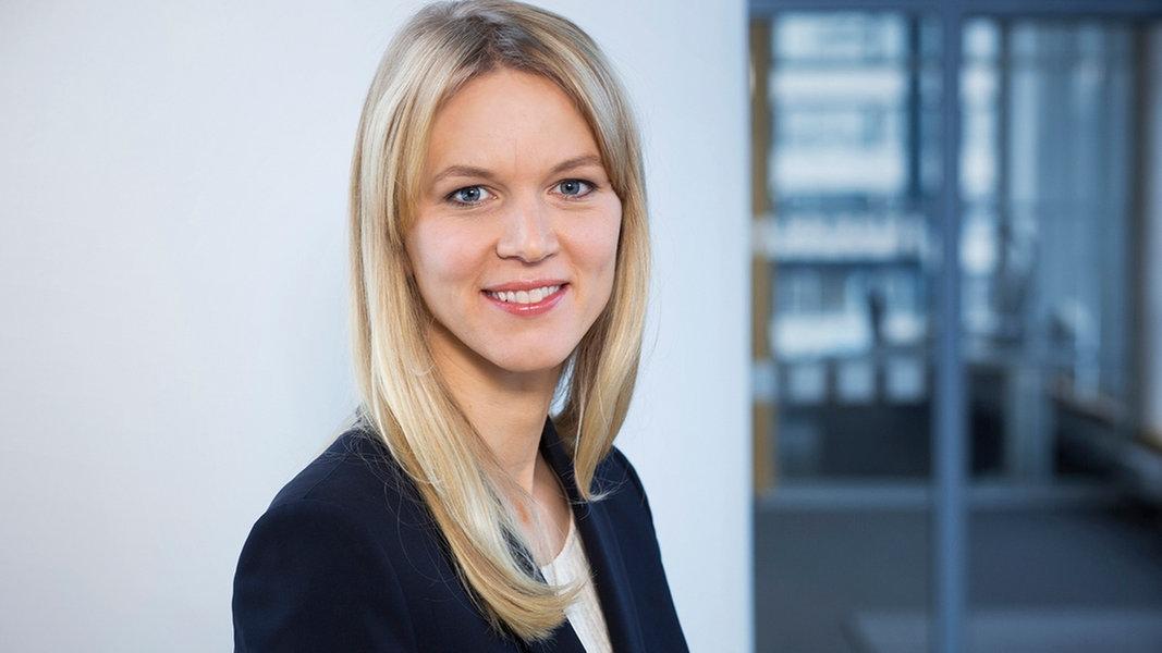 ARD-Korrespondentin Julie Kurz zu Gast