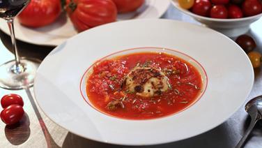Tomatensuppe mit Hühnerfleischbällchen