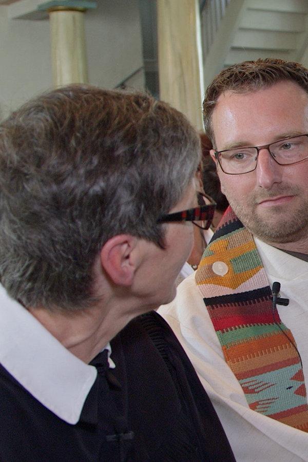Ein Pastoren-Ehepaar wagt den Neuanfang