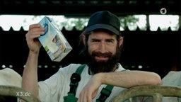 Ein Milchbauer mit Billig-Milch.